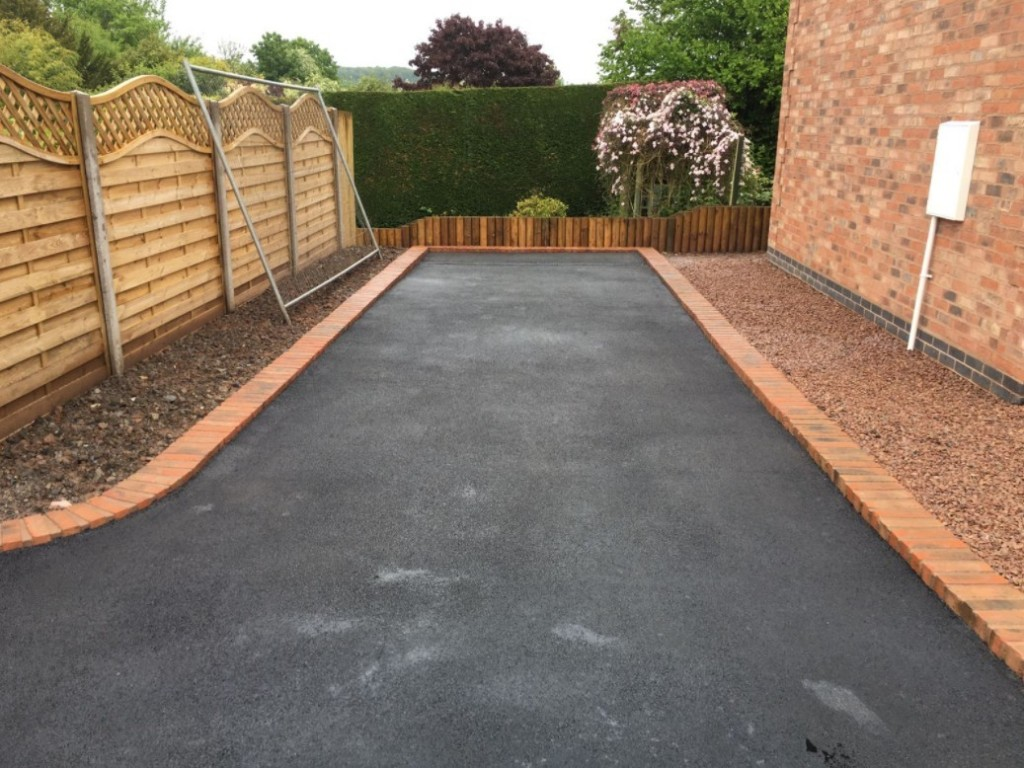 Main photo for Glidestone Paving & Landscaping
